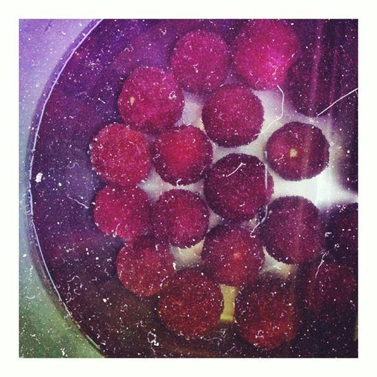 Fruit Waxberry Yummy ♥ Thursdaynight Comebackhome ☺☺☺
