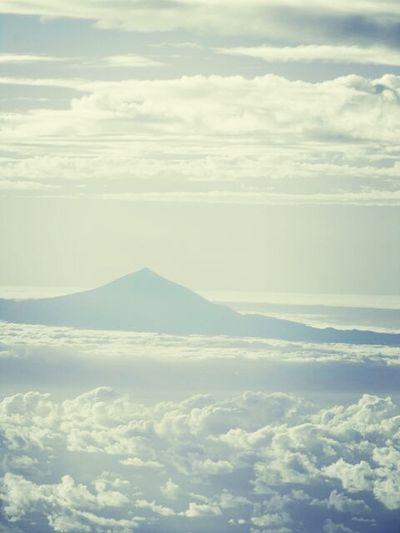 Del Teide auf Teneriffa Vulkan Flying From An Airplane Window