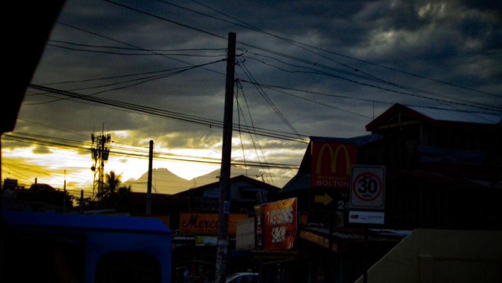 A little bit late for the great shot but it really feels good to see you from afar. Get well soon Mt. Apo. :) RecoverMtApo HighestPeakOfTheCountry DavaodelSur_NorthCotabato TravelShot Relaxing Mindanao Phmountains Itsmorefuninthephilippines