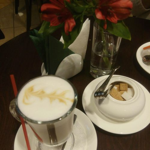 Cafe Marina Yaroslavl Zhm Happy People Big City Life Coffeetime Boulangerie Patisserie Aura аура