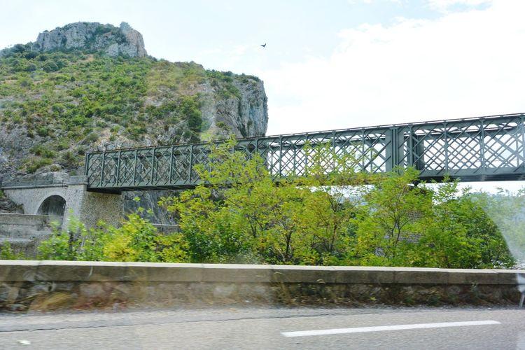 Un joli pont de fer à Anduze avant la Bambouseraie Iron Bridge Railway Bridge Anduze Holiday Memories South France