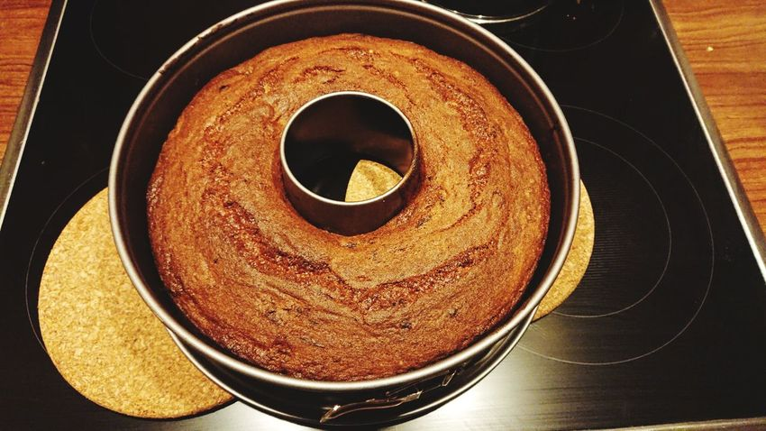 Brown Indoors  Can Cake Fresh Out Of The Oven Perfect Circle