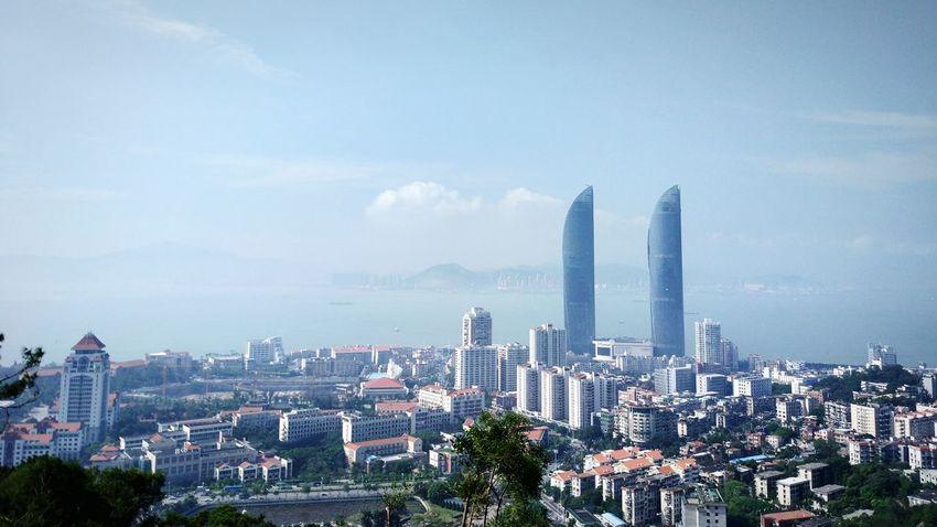 登高望远 High Angle View Morning Outdoors MIphotography Mountain Seaview Sky Looking Down Scenery Beauty In Nature Skyscraper School Xiamen Building Exterior Business