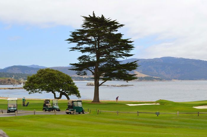 Pebble Beach Golf ⛳ Traveling California Golfview 18thhole