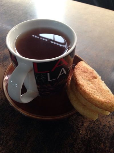 Waste Time Relaxing @ Home Relax Weekend with a glass of special tea from my mother with Baroncong cake , made from coconut grater , Very Savory!!