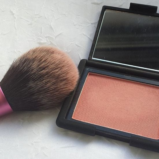 Today's blush lover NARS Deepthroat Blush Realtechniques  blushbrush beautylovers bblogger beautyblogger blogger