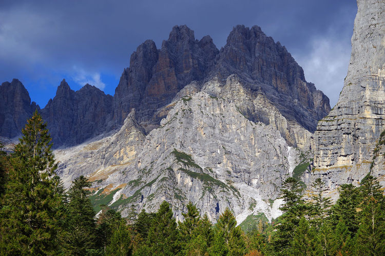 Autumn Autumn Collection Autumn Colors Brenta Dolomites Fall Beauty Landscape Photography Landscape_Collection Savage Travel Travel Photography Trekking UNESCO World Heritage Site Alpine Hiking Beauty In Nature Day Europe Fall Italy Landmark Landscape Landscape_photography Nature Outdoors Unesco