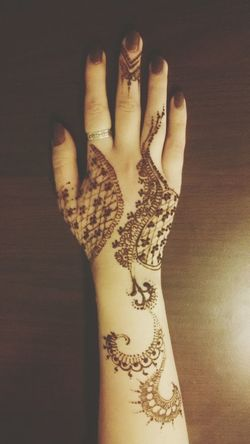 EyeEm GalleryHenna Henna Tattoo Henna Art Artdesign  Hennatattoo Hennadesign Henna Pro Brown Henna Mehndi Indian Style Like Henna Henna Design Mahendi Mhendi Mehndi Design