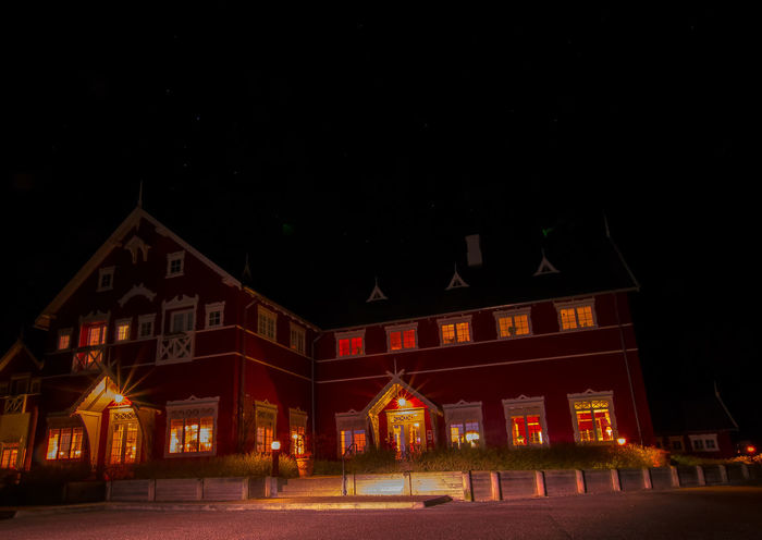#architecture #badehotel #Denmark #Door #dyvig #evening #Hotel #lightroom #lights #longexposure #Night #nightshot #red #restaurant #rooms #sigma #stars #Windows #Wood #wooden