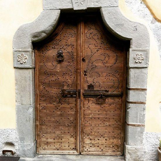 Porta a San Giovanni Bianco.