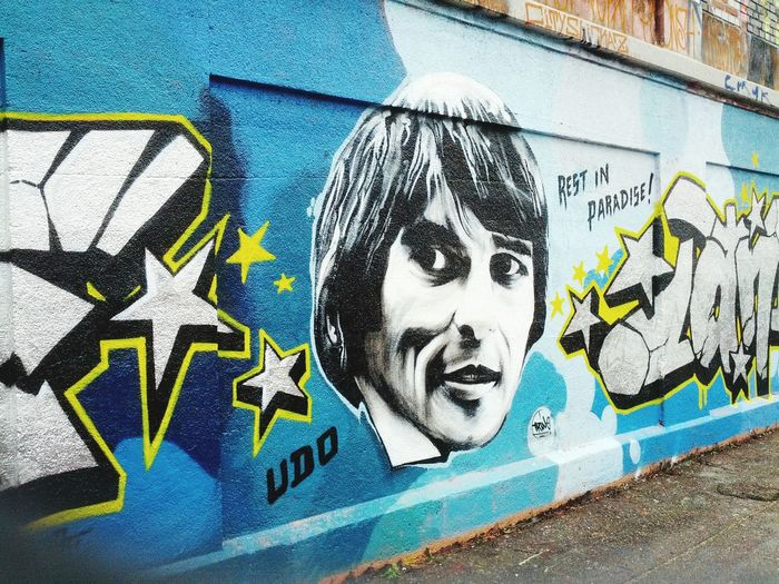 Merci, Udo! Udojuergens Munichlove Graffiti Streetart Ripudo