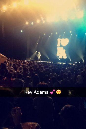 Le meilleur spectacle du monde ... Kev Adams