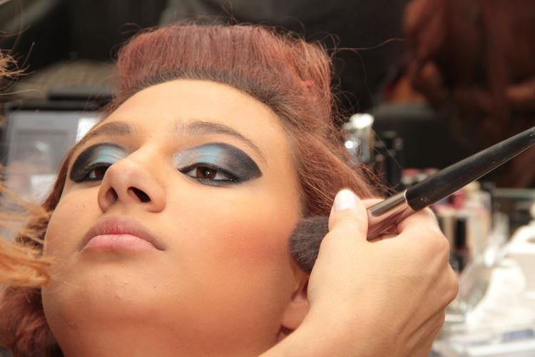preparação para festa de 15 anos 15 Anos Festa Hair Lipstick Makeup Art Batom Beuty Black Blue Close-up Eye Shadow Hairstyle Lashes Make Up Mouth Open Party Pretty Salao De Beleza Shadow