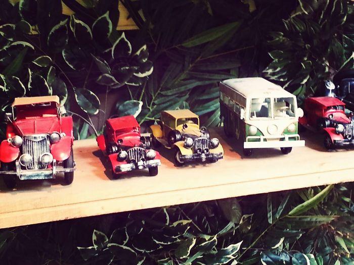 Cars Nostalgia Bus Colors