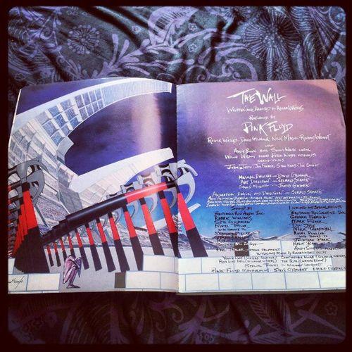'Art inside 'The Wall' Songbook' Pinkfloyd Thewall Hammers GeraldScarfe RogerWaters DavidGilmour NickMason RichardWright ClassicRock igtube Igers igdaily insta_shutter Instagood instamob instamood instagrammers