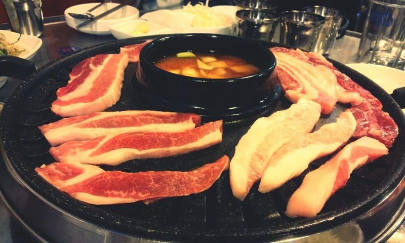 고기 맛있겠다♥