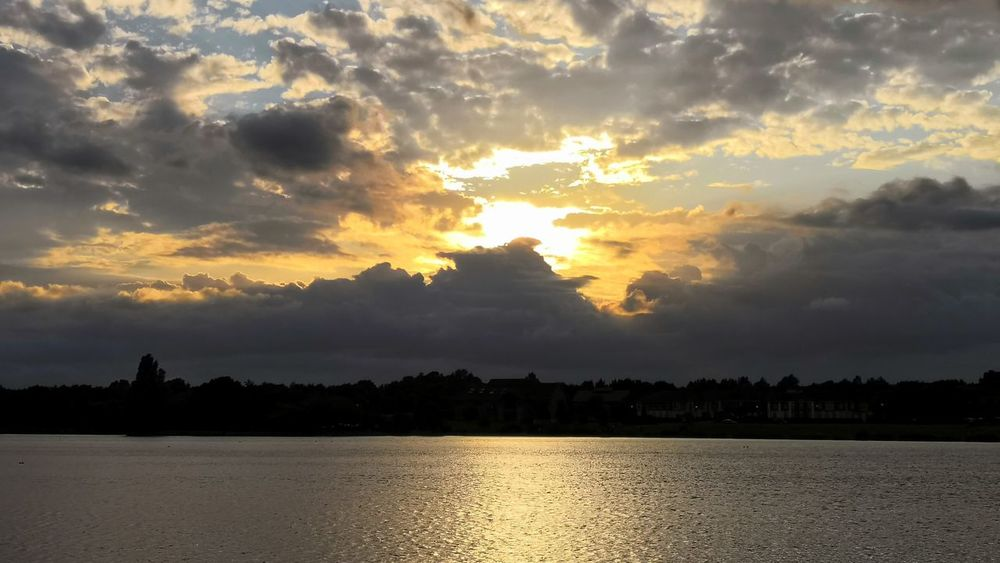 inspiring and dramatic Honor 10 United Kingdom Blue Sky And Clouds Art is Everywhere Sunset Inspiring Dramatic Sky Tree Water Sunset Lake Reflection Gold Colored Sunlight Sun Sky Landscape