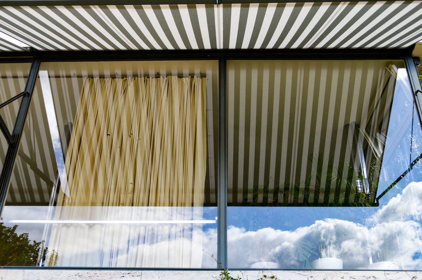 EyeEm Selects Window Reflections Window Reflections Reflection Architecture Architectural Feature Architectural Detail Built Structure Pattern, Texture, Shape And Form Glass Reflection Glass - Material The Week On EyeEm Vila Tugendhat in Brno, Czech republic