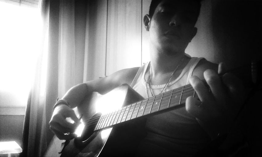 Black & White Photography Music Playguitar