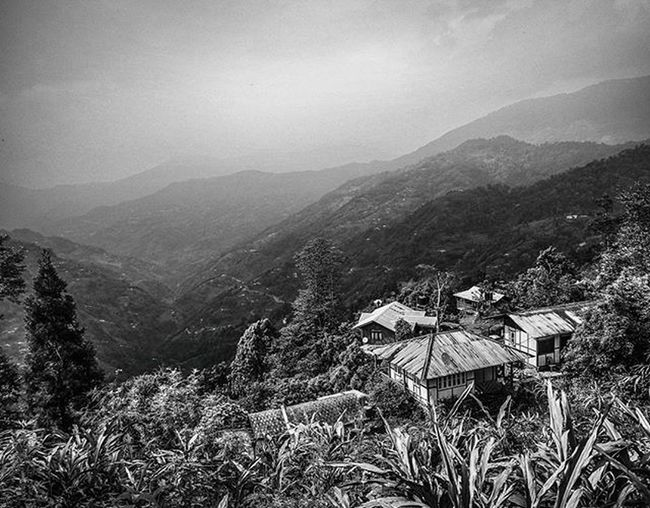 Dreamscape mountains! Landscape Blackandwhite HDR Highcontrast Wideangle Jj_landscapes Hdr_pics Jj_hdrpics Foto_blackwhite Amateurs_bnw Bnw_planet Bnw_rose Bnw_landscape Bnw Travel Travelingram Natgeotravel Lonelyplanetindia Ig_india Ig_bengals Onlyinbengal