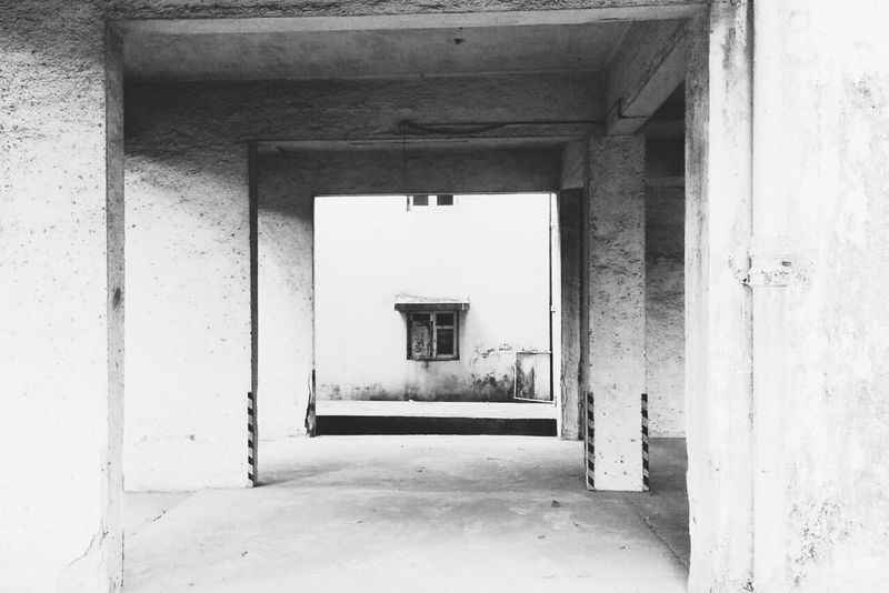 Streetphotography Monochrome Lookbutwithmyeyes Greymesh