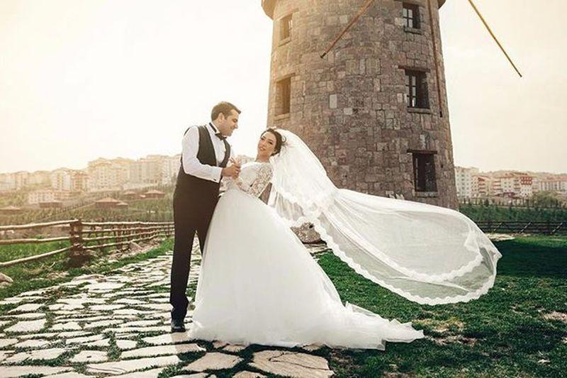 Meral&Muhammed Weddingphotography Weddingaccessories Bride Marriage  Married Weddisonaward Weddison Instawedding Pictureoftheday Groom Love Dugunfotografi Dugunfotografcisi Dugun Gelin Gelinmakyajı Fotograf NİSAN Enmutlugun Aşk Bahar