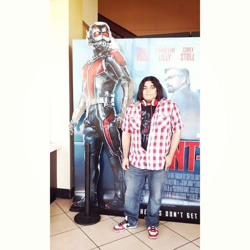 At the movie theaters today saw giantman i mean uh herm uh Antman sorry little foreshadowing happened there >u>..hype for this movie hopefully its really good! Movies Theaters Antman Mcu Cantwait Scottlang Badass Marvel Nerd Geekingout Comics Excited AMC Selfie