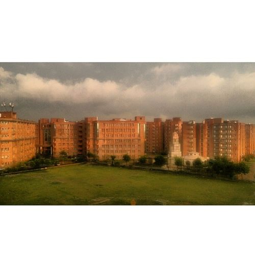 Instasize Heavy Rain Clouds Breeze Cool College Sharda University Greaternoida Delhi NCR Awesomeness Feeling fresh after a breezing rain and chilling cool wind