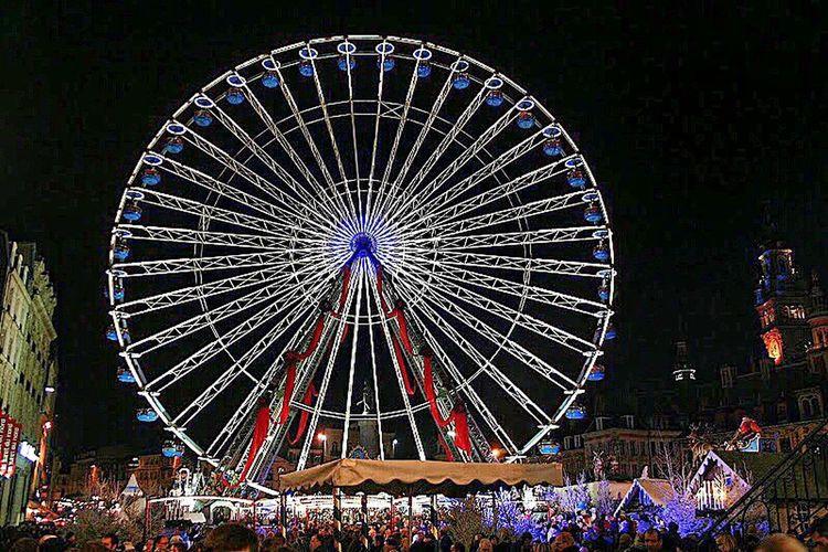 The big wheel Wheel Bigwheel Night Nightlife Nighlights Xmas Christmas Lights Christmaswheel Christmas Around The World