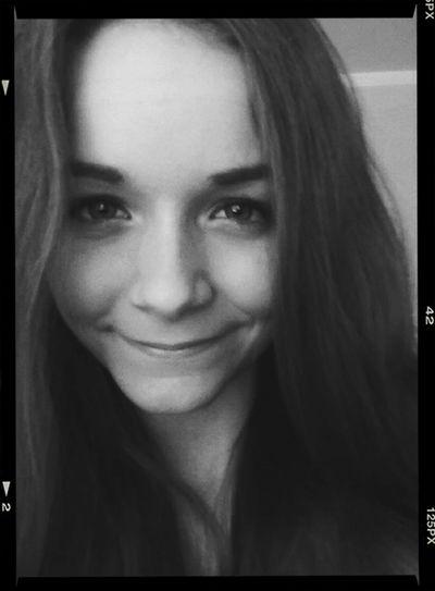 Selfie ♥ Pretty♡ Black & White Followme Summer time!! :)