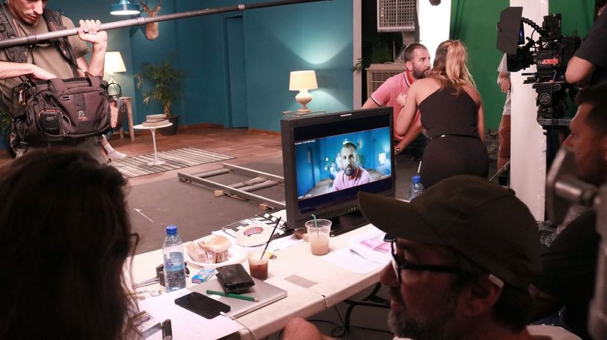 Backstage Production Set Filming Monitor Technology Real People Indoors  Working Men Occupation Adult People Adults Only