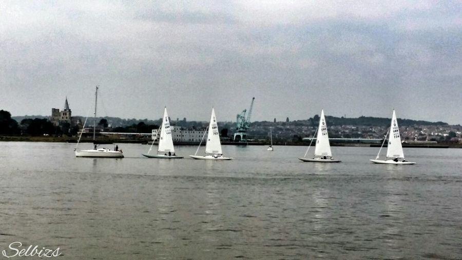 Takin Photos Riverside Boats Yatch