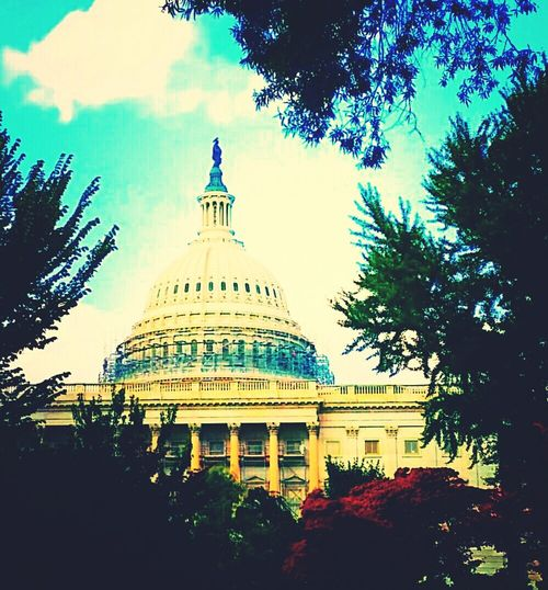 Hanging Out Taking Photos Check This Out Enjoying Life Eyemphotography Around Me The Capitol Eyem Washington, D. C. United States Of America United States Capitol Building