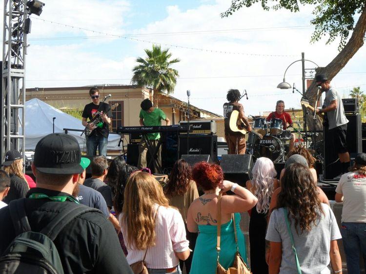 The Veragroove performing at Dos Gringos' Cinco De Mayo blockparty, Scottsdale, Az. Concert Reggae Cinco De Mayo Local Band