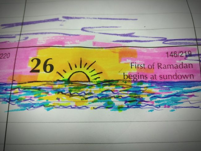 Calender Art Graffiti Multi Colored Oil Spill No People Outdoors Close-up Day Calendar Pic✌ Water White Color Indoors
