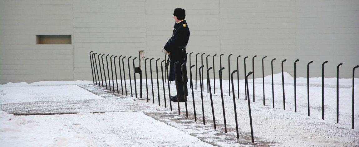 Kungliga Slottet Sweden Stockholm Gard Snow Winter Cold Alone