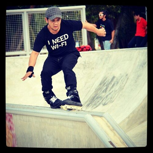 Skater Bob InstaBruDroid Andrography Brunei Skatepark