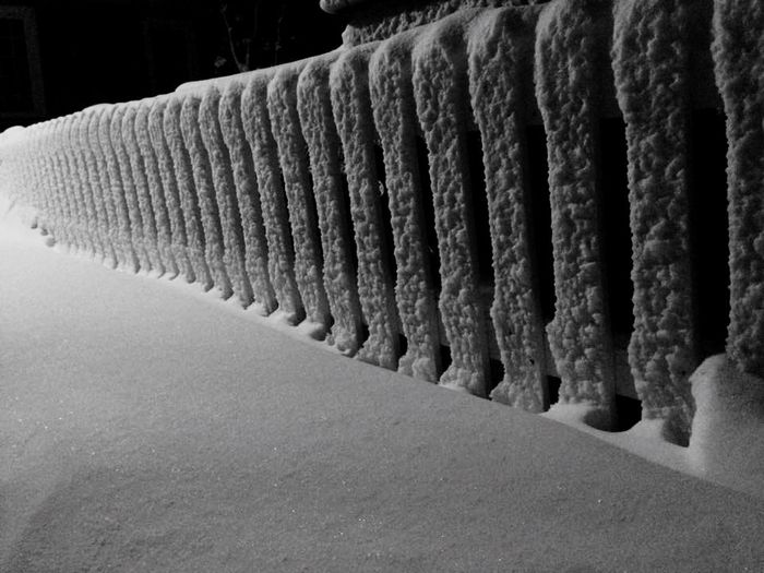 Close-up No People No Summer Powder Snow Outdoors Cold Temperature Black And White Snowlines Wonderful Greenland Lines And Shapes Lines And Lights Fantastic Fantastic Day Snow ❄ This Week On Eyeem Snow In The Street Light Fence Fence Photography Paling Fence Art Fence _ Collection Fencephoto Fenced In Beauty... In A Row Pattern Side By Side Architecture Built Structure Winter