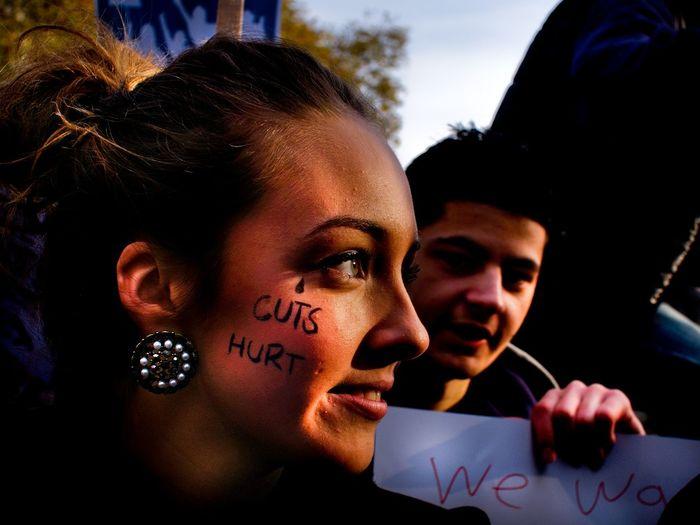 "Student protest, London. ""Cuts hurt."" Steve Merrick Stevesevilempire Olympus London Photojournalism Protest News Photgraphy Student Protest Austerity Cuts Budget Politics"
