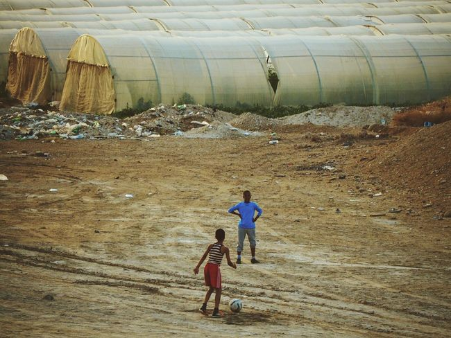 Let's kick? Children Desert Football Kids Sand Soccer Sports Tents