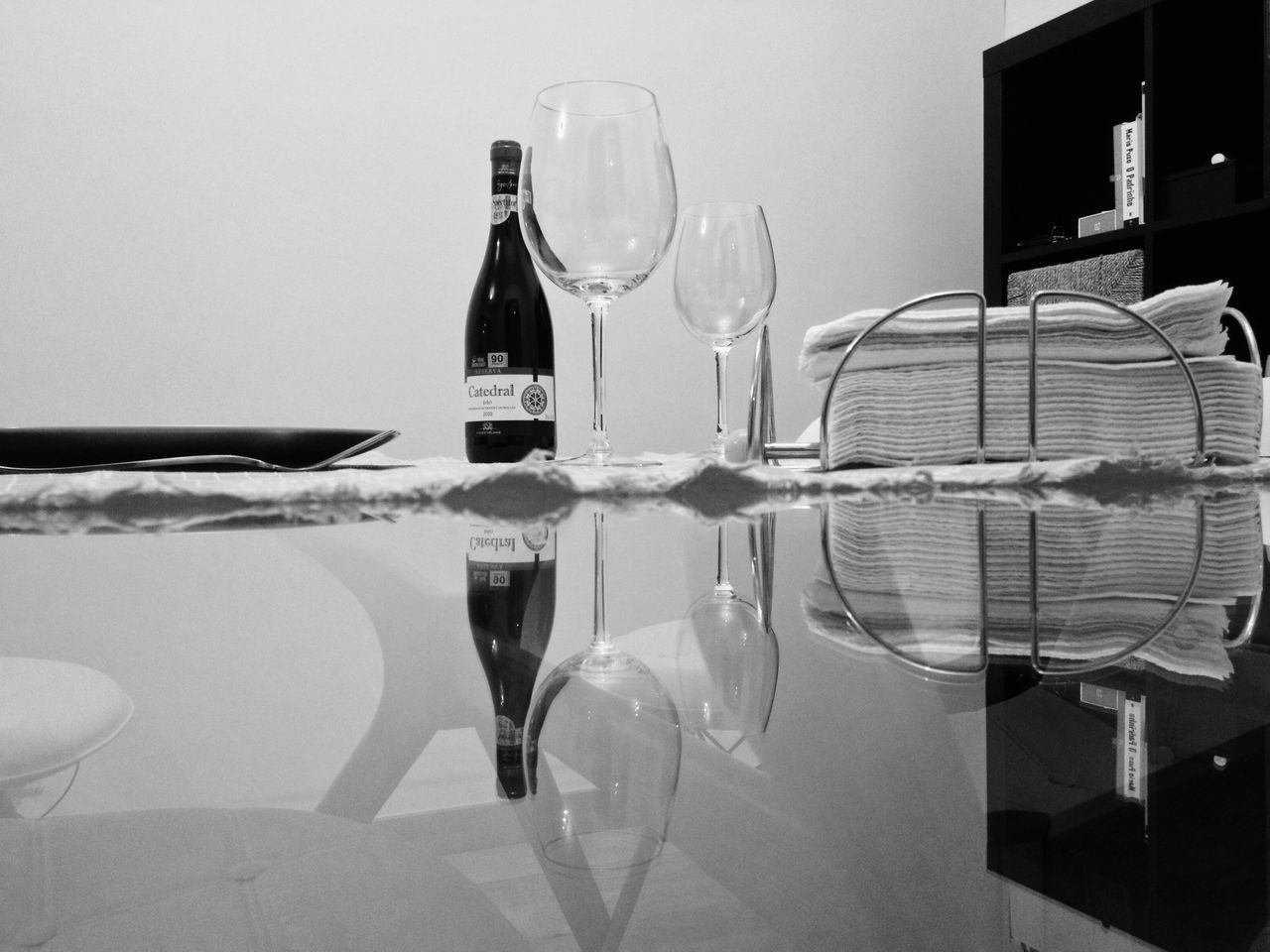 wineglass, table, drinking glass, drink, alcoholic drink, alcohol, food and drink, wine, indoors, no people, celebration, close-up, food, freshness, day