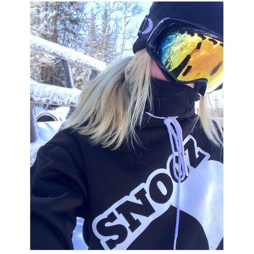 Ski Selfie Blonde Winter Wonderland Passion Oakley Thuglife