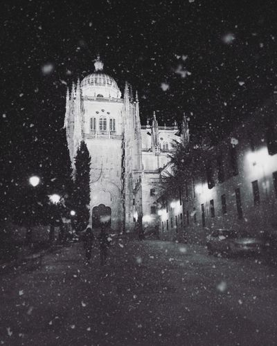 Nieve Snow Salamanca Noche Oscuro Dark Ciudad City