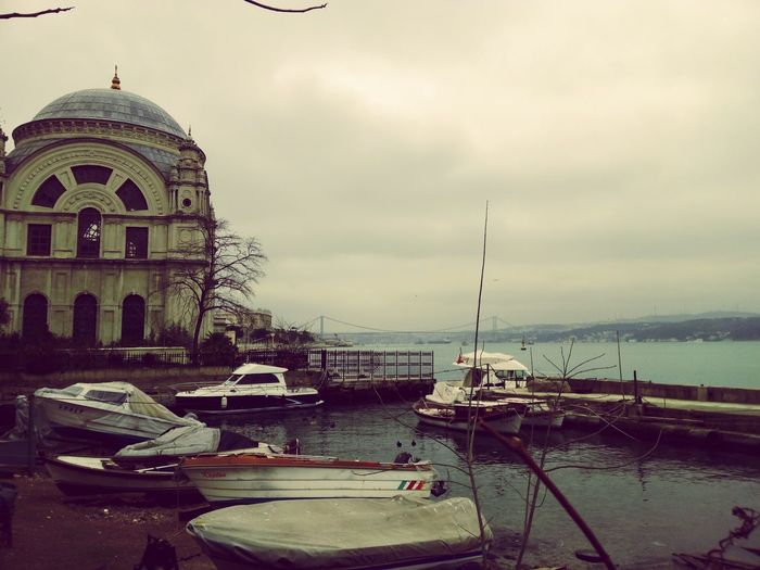 Istanbul Turkey Istanbulcity Mosque Sea Rainy Day