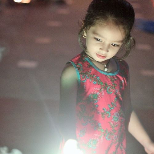 Diwali Night Cuteness Overloaded 😍 she is Tanishi Canon_official 1200D
