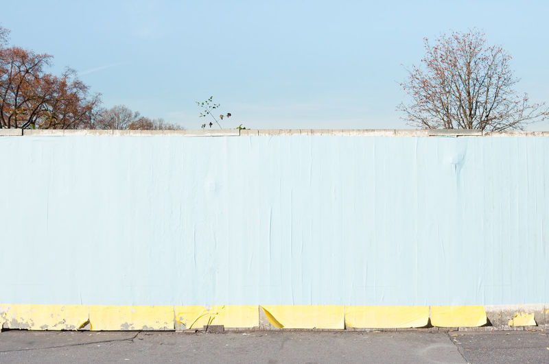 APS-C Announcement Board DSLR Wooden Fence Blank Wall Copy Space No People Sky Wall
