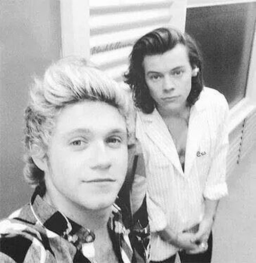 Babes ❤️ Niall Horan Harry Styles