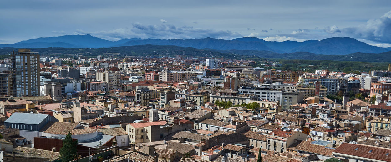 Cityscape again Vacations Girona Architecture Built Structure Building Exterior Cloud - Sky Mountain High Angle View Roof Cityscape Sky City TOWNSCAPE SPAIN Catalunya Nikonphotography Rooftop Town
