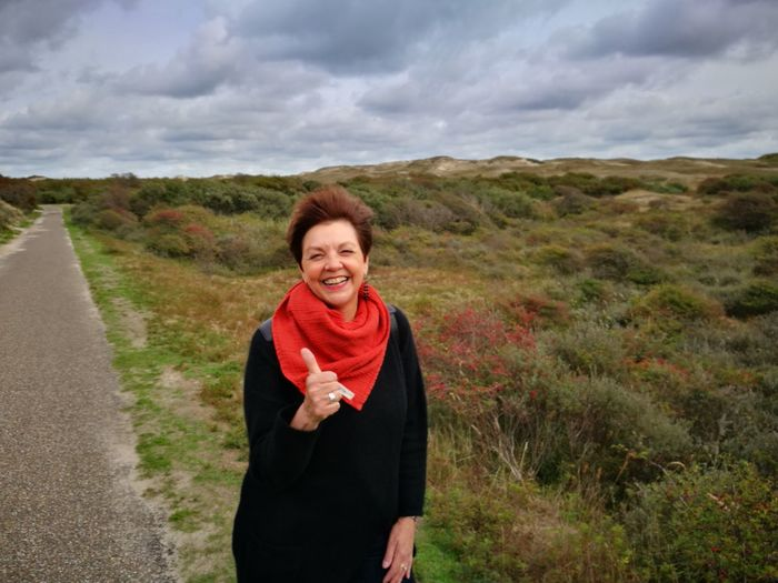 Sand Dunes Wind Woman Face The Modern Professional Portrait Smiling Women Happiness Cheerful Looking At Camera Standing Healthy Lifestyle Mature Women Sky Foggy Coast This Is Natural Beauty