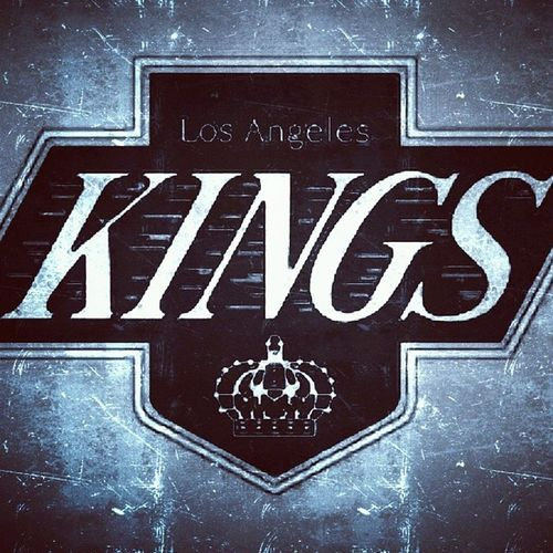 """Losangeleskings Kingsteam Kingshockey Losangelescitykings streetkings westcoasthockey California losangelescity losangelescounty losangeles 21323 laboys laplayers icegame What a perfect logo & name for a beautiful C1ty full of """"K1ngs & Queens """".. Go Kings !! Yeeaa they doing awesome this season .. I support all L.a Sports teams !"""